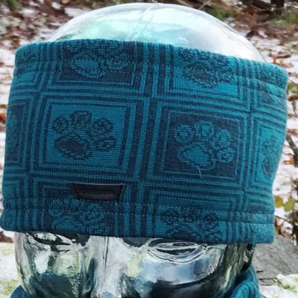 Merino wool headband - paw pattern